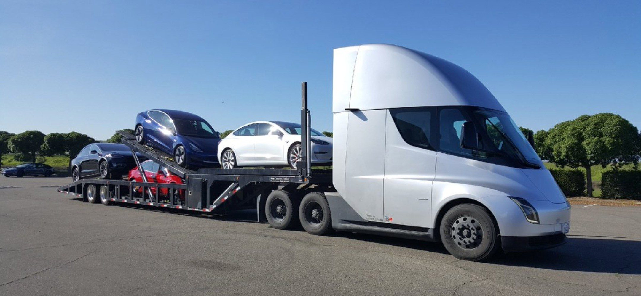 Tesla Semi Electric Truck To Deliver Electric Cars